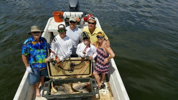 Bowfish in florida florida fishing charters for Florida freshwater fishing regulations